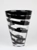 Frans Molenaar, Leerdam Unica, Transparante vaas met zwarte lijn, 1994 - Frans Molenaar