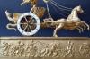 Cupids Chariot, een Franse sculptuur pendule, Empire gesigneerd Le Roy, c.1810.