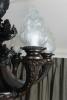 Een kwalitatief zeer goede zware bronzen kroon met 6-lampen, laat 19de eeuws.