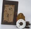 Een miniatuur Sorg-wandklokje  uit het Zwarte Woud, voorstellende Hermes, circa 1830.