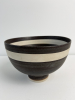 Lucie Rie, turned footed bowl, with stamped mark LR at the bottom. - Lucy Lucy Rie