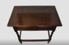 Engels tafeltje met lade, vervaardigd van eikenhout, 18e eeuw.