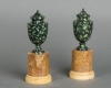 Fine pair of mounted, green porphyry marble urns, circa 1830 - Grand Tour
