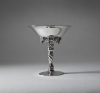 Georg Jensen, tazza met druiven op gedraaide voet, gehamerd sterling zilver, model no. 263 B, ontwerp 1918, uitgevoerd 1925-1932 - Georg Jensen