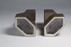 Jan van der Vaart, Tweetal brons geglazuurde vazen, multipels, ontwerp 1989, uitvoering 1992 - Jan van der Vaart