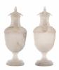 Louis XIX Paar Grote Italiaanse Urnen met Deksel in Albast
