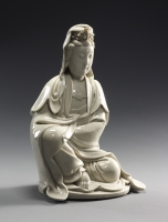 A large Blanc de Chine Dehua ware Guanyin, China Kangxi period ceramics
