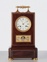 Imposing strong travelling/desk clock with Calender