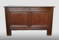 English chest, oak, 17th century.