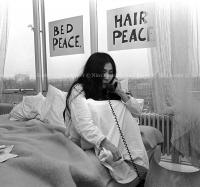 John Lennon & Yoko Ono - PEACE - Room 902 Hilton #23