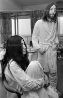 John Lennon & Yoko Ono - PEACE - Room 902 Hilton #8