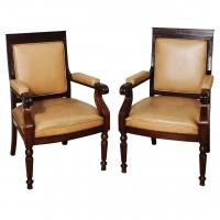 A nice pair of English mahogany armchairs.