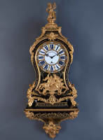 A large French Louis XV Boulle console clock with quarter striking mechanism 'Antoine Pelletier à Paris