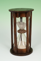 A Dutch Hourglass