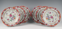 Een set van zes Chinese porseleinen borden
