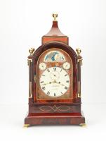 A very decorative imposing smart bracket clock.