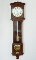Elegant regulator - laterndluhr by 'Ph.Happacher in Wien', 1 month, mahogany, ca. 1820.