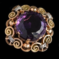 59 ct. amethyst brooch
