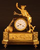 M73 French gilt bronze mantel clock, member of the 'Au bon Sauvage' familie, with a gilt statue of 'Mercury/Hermes'
