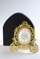 A very fine and rare Victorian strut clock in the manner of Thomas Cole - with original box, circa 1850.