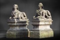 Paar Franse Zandstenen Sphynxen