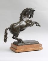 Bronzen sculptuur van een paard