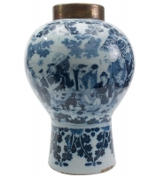 A Splendid Big Blue Delft Vase