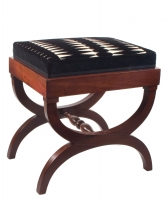 An Empire Stool called Tabouret