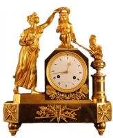 M68 Gilt bronze mantel clock