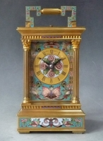 Carriage clock, case Anglaise by Richard, cloisonné decorations, circa 1880.