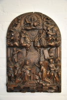 German sculpture: The adoration of Maria.