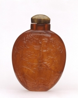 Chinese amber snuffbottle from the Qing dynasty