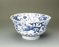 Kangxi Merk en Periode Blauw wit kom met draak decor, Qing dynastie antieke keramiek uit China