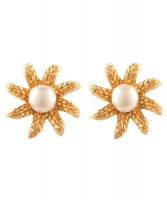 Chanel Clip-On Earrings Ear of Wheat in Gilt Metal and Glass Pearl