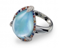 Ring with blue topaz diamonds and sapphire