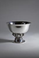 Georg Jensen, Gehamerd sterling zilver, model 197a, ontwerp 1916, uitgevoerd 1945-1951 - Georg Jensen