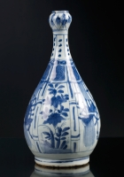 Blue and White Bottle Vase, WanLi