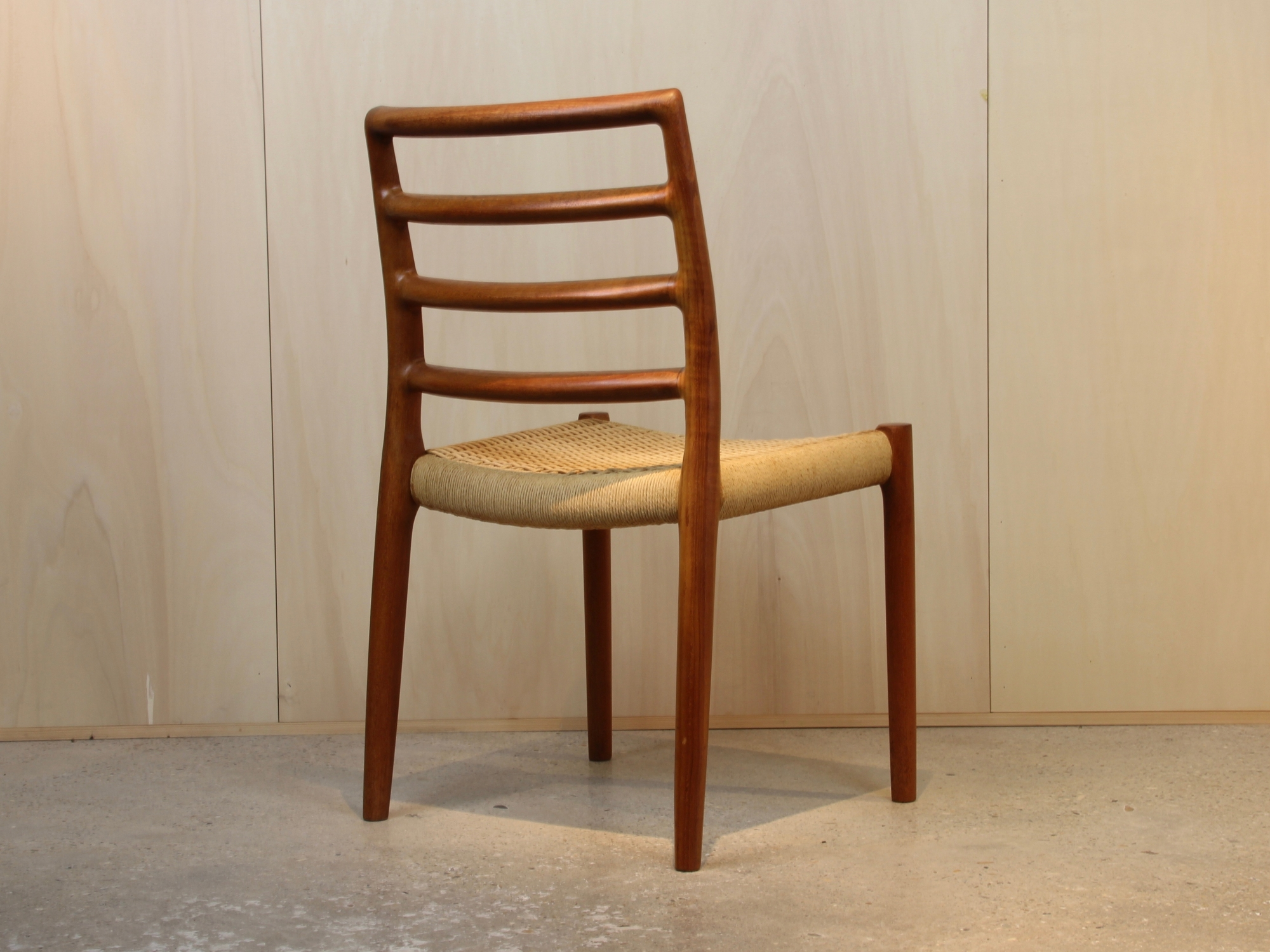 Niels Otto M 248 Ller Two Dining Room Chairs Model No 85