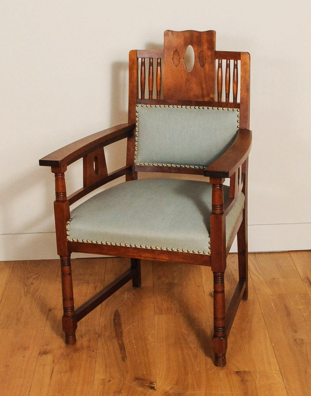 Art Deco Kuipstoelen.A Dutch Art Deco Mahogany Dining Room Set Of A Table And Four Chairs