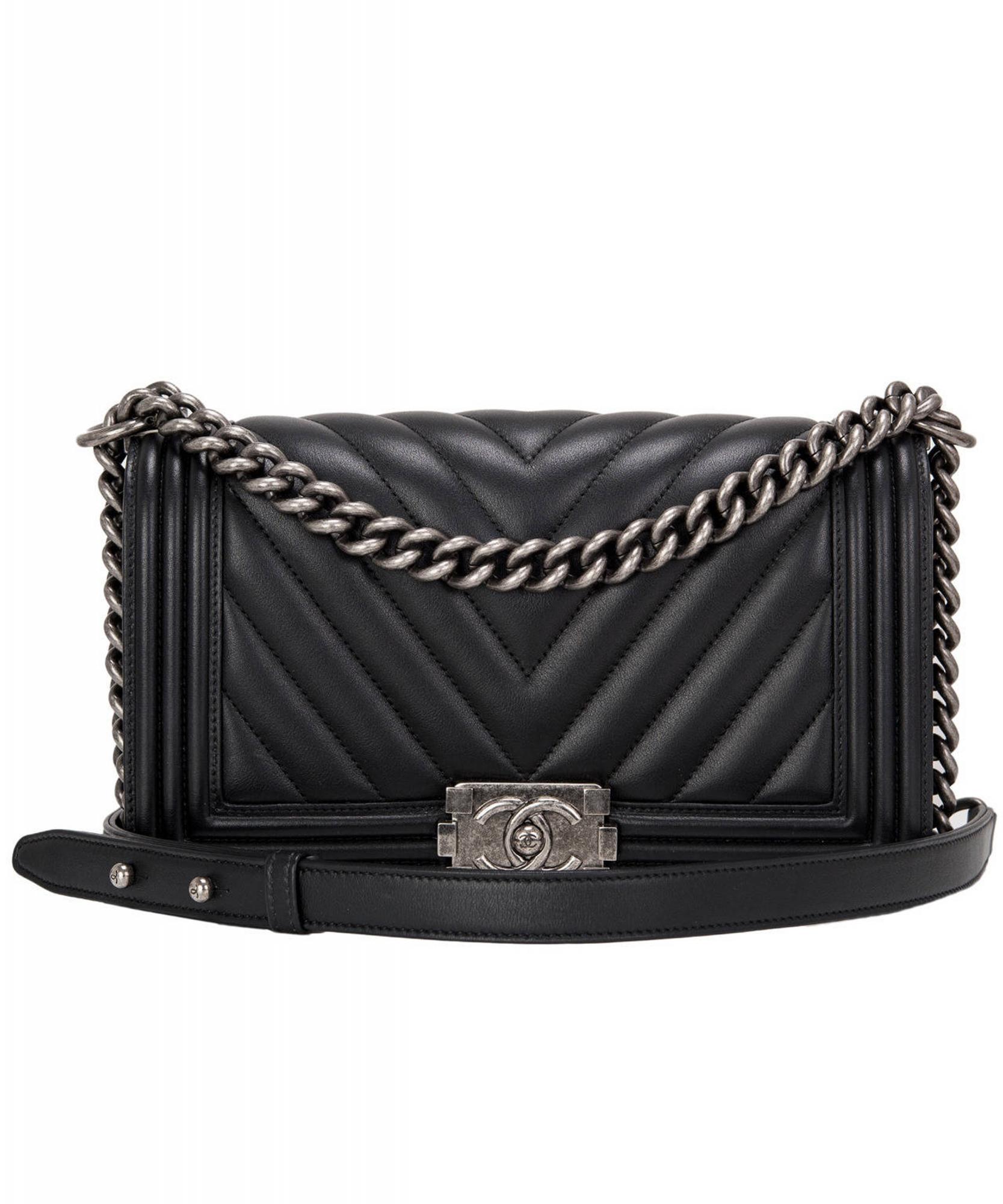 aca9aa360975 Chanel Black Chevron Quilted Boy Bag New Medium