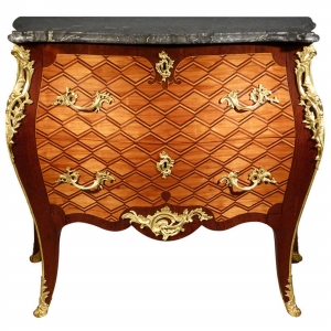 A Louis XV commode attributed to Matthijs Horrix