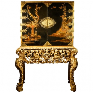 A European lacquer cabinet