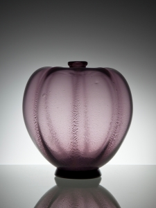 A.D. Copier, Unique purple vase with tin crackle, Glass Factory Leerdam, 1926 - Andries Dirk (A.D.) Copier