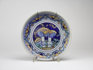 Chris Lanooy, Hand-turned en painted mushroom plate, 1925 - Chris (C.J.) Lanooy