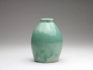Chris Lanooy, Green glazed ceramic vase, 1920s - Chris (C.J.) Lanooy