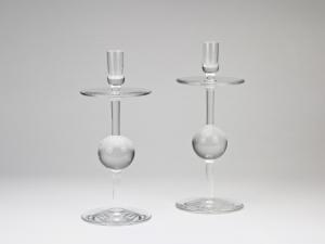 A.D. Copier, twee glazen kandelaars, uitvoering Glasfabriek Leerdam, 1963 - Andries Dirk (A.D.) Copier