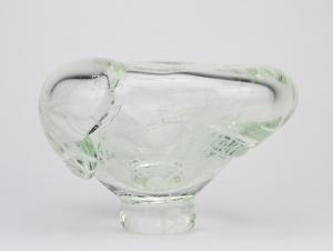A.D. Copier, Uniek blank glasobject met witte lijndecoratie, Noordzee serie, uitvoering De Oude Horn, 1980 - Andries Dirk (A.D.) Copier