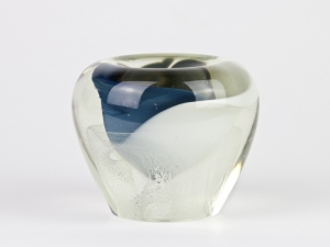 A.D. Copier, Unique glass vase with blue and white core, North Sea series, Studio De Oude Horn, 1979 - Andries Dirk (A.D.) Copier