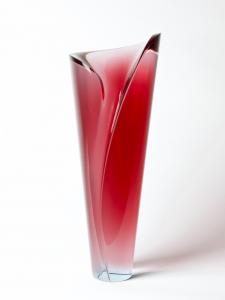 Felicitas Engels-Neuhold, Uniek robijnrood glasobject, jaren '90 - Felicitas Engels Neuhold