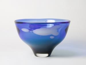 Sybren Valkema, Blue-green vase with white decoration, Glass Factory Leerdam, 1966 - Sybren Valkema